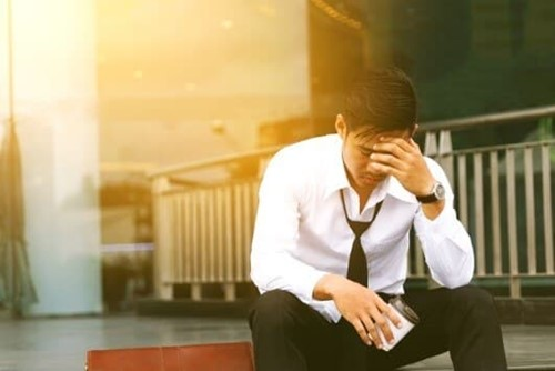 How to handle an employee off with work-related stress